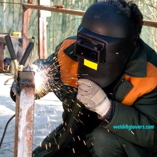 What-to-know-before-buying-welding-pants